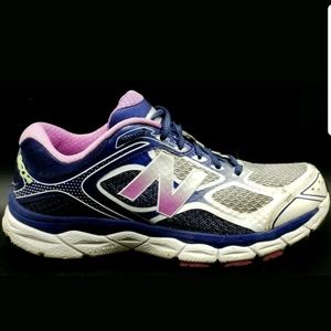 New Balance Shoes - Womens New Balance 860v6 Sneakers Running W860WP6